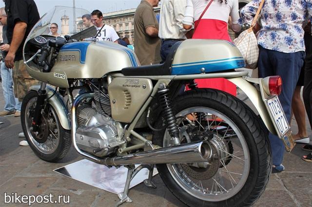 Выставка ретро мотоциклов в Милане