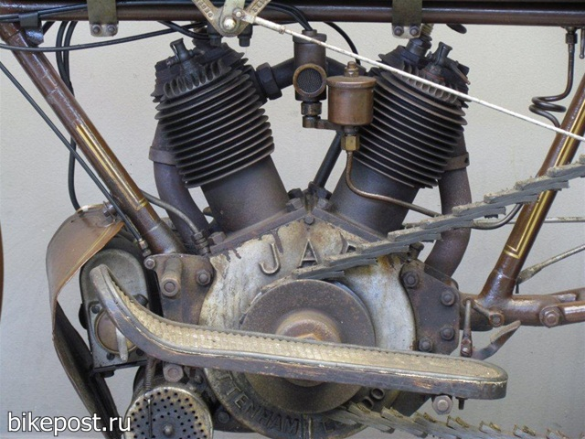 Ретро мотоцикл NUT 1914