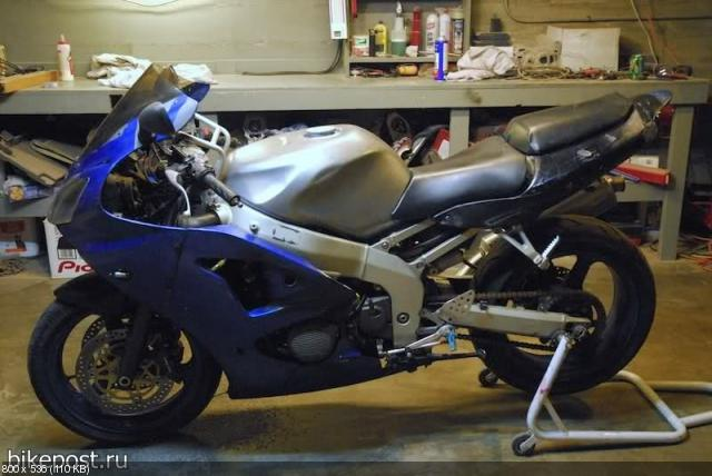 Стритфайтер «Rohr» на базе Kawasaki Ninja ZX-6R 2001