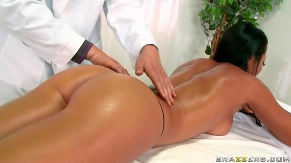 Девушка с прелестной попкой / Sandra Romain (Relaxed Ass Can Be!) (2011) SiteRip