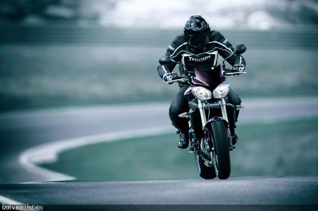 Фотографии и видео Triumph Speed Triple R