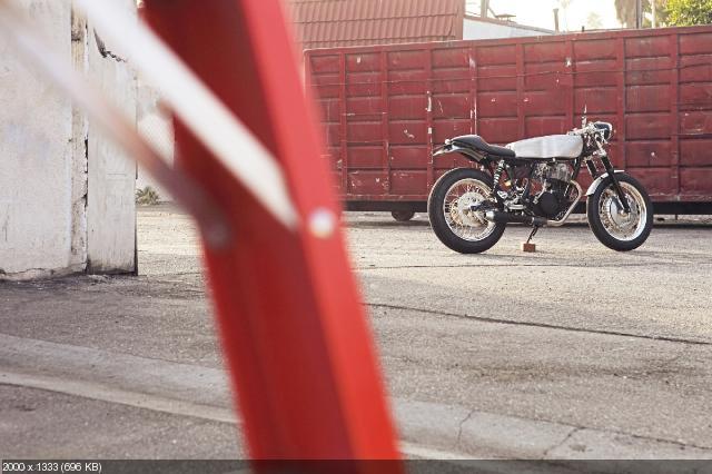 Кастом Deus Ex Machina Yamaha SR500